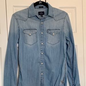 American Eagle (AE) Denim Button-Down Shirt